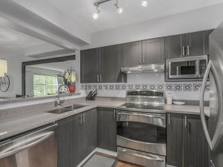 """Photo 4: 66 620 QUEENS Avenue in New Westminster: Uptown NW Townhouse for sale in """"ROYAL CITY TERRACE"""" : MLS®# R2105755"""