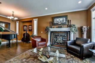 Photo 2: 10275 MCEACHERN Street in Maple Ridge: Albion House for sale : MLS®# R2106393