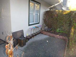 """Photo 2: 34 4933 FISHER Drive in Richmond: West Cambie Townhouse for sale in """"FISHER GARDEN"""" : MLS®# R2117228"""