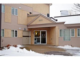 Main Photo: 685 Warde Avenue in Winnipeg: River Park South Condominium for sale (2E)  : MLS®# 1629665