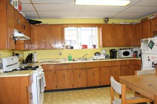 Photo 3: 572 6TH Avenue in Hope: Hope Center House for sale : MLS®# R2129209