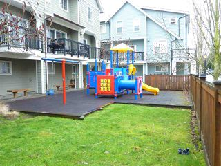 "Photo 20: 37 12311 NO 2 Road in Richmond: Steveston South Townhouse for sale in ""FAIRWIND"" : MLS®# R2131898"