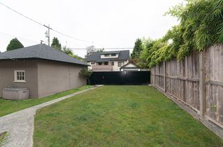 "Photo 18: 1070-80 W 15TH Avenue in Vancouver: Fairview VW House for sale in ""Fairview"" (Vancouver West)  : MLS®# R2133883"