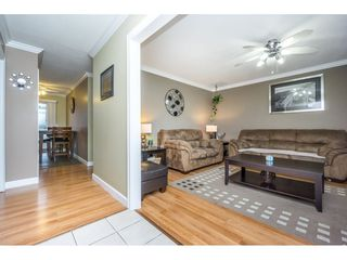 "Photo 3: 17346 60A Avenue in Surrey: Cloverdale BC House for sale in ""WEST CLOVERDALE"" (Cloverdale)  : MLS®# R2148162"