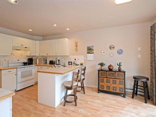 Photo 10: 664 Pine Ridge Dr in COBBLE HILL: ML Cobble Hill House for sale (Malahat & Area)  : MLS®# 754022
