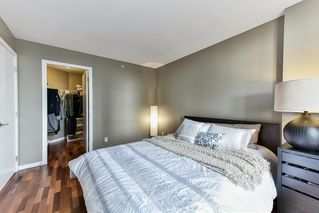 "Photo 11: 1107 813 AGNES Street in New Westminster: Downtown NW Condo for sale in ""THE NEWS"" : MLS®# R2154103"