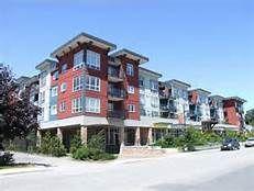 """Photo 1: 406 40437 TANTALUS Road in Squamish: Garibaldi Estates Condo for sale in """"The Spectacle"""" : MLS®# R2155646"""