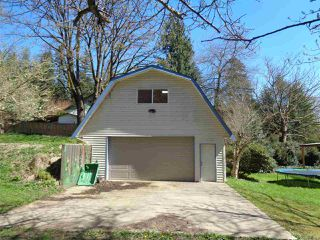 Photo 3: 37427 ATKINSON Road in Abbotsford: Sumas Mountain House for sale : MLS®# R2158653