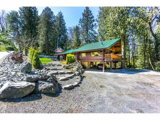 Photo 1: 4493 TOWNLINE Road in Abbotsford: Bradner House for sale : MLS®# R2158453