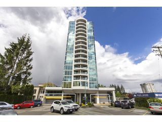 "Photo 3: 803 32330 S FRASER Way in Abbotsford: Abbotsford West Condo for sale in ""Town Centre Tower"" : MLS®# R2163244"