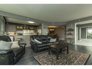 "Photo 7: 803 32330 S FRASER Way in Abbotsford: Abbotsford West Condo for sale in ""Town Centre Tower"" : MLS®# R2163244"