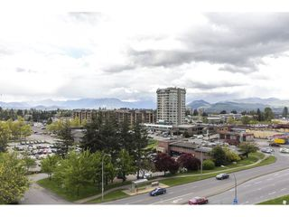 "Photo 18: 803 32330 S FRASER Way in Abbotsford: Abbotsford West Condo for sale in ""Town Centre Tower"" : MLS®# R2163244"