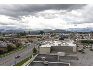 "Photo 19: 803 32330 S FRASER Way in Abbotsford: Abbotsford West Condo for sale in ""Town Centre Tower"" : MLS®# R2163244"