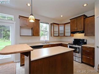 Photo 10: 2353 DeMamiel Dr in SOOKE: Sk Sunriver Single Family Detached for sale (Sooke)  : MLS®# 759196
