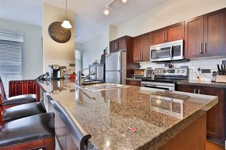Photo 3: 203 - 2353 Maprole Ave in Port Coquitlam: Condo for sale : MLS®# R2158652