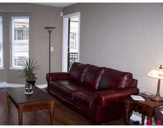 Photo 3: 208 5488 198TH Street in Langley: Home for sale : MLS®# F2808001