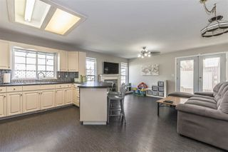 Photo 2: 10020 MERRITT Drive in Chilliwack: Fairfield Island House for sale : MLS®# R2184844