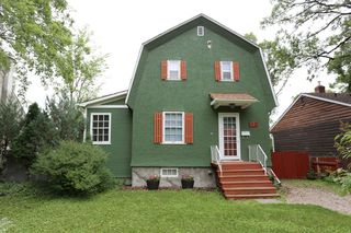 Main Photo: 834 Oakenwald Avenue in Winnipeg: Fort Garry Single Family Detached for sale (1J)  : MLS®# 1718606