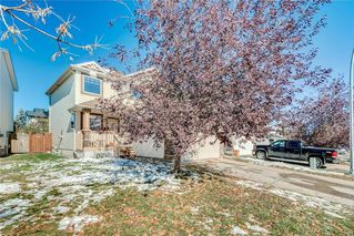 Photo 1: 12 SOMERGLEN Cove SW in Calgary: Somerset House for sale : MLS®# C4140822