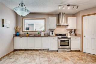 Photo 7: 12 SOMERGLEN Cove SW in Calgary: Somerset House for sale : MLS®# C4140822