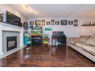 "Photo 4: 202 33675 MARSHALL Road in Abbotsford: Central Abbotsford Condo for sale in ""The Huntington"" : MLS®# R2214048"