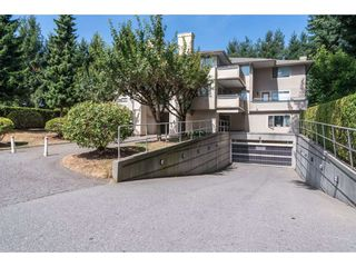 "Photo 2: 202 33675 MARSHALL Road in Abbotsford: Central Abbotsford Condo for sale in ""The Huntington"" : MLS®# R2214048"