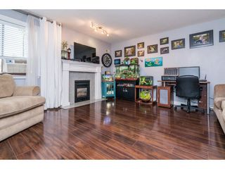 "Photo 3: 202 33675 MARSHALL Road in Abbotsford: Central Abbotsford Condo for sale in ""The Huntington"" : MLS®# R2214048"