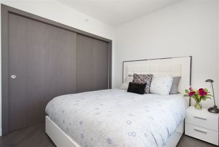 """Photo 15: 1908 68 SMITHE Street in Vancouver: Downtown VW Condo for sale in """"1 PACIFIC"""" (Vancouver West)  : MLS®# R2216431"""