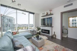 """Photo 8: 1908 68 SMITHE Street in Vancouver: Downtown VW Condo for sale in """"1 PACIFIC"""" (Vancouver West)  : MLS®# R2216431"""