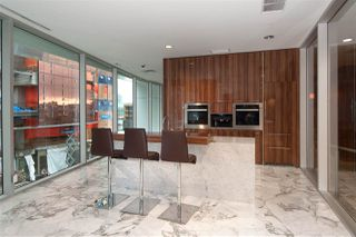 """Photo 18: 1908 68 SMITHE Street in Vancouver: Downtown VW Condo for sale in """"1 PACIFIC"""" (Vancouver West)  : MLS®# R2216431"""