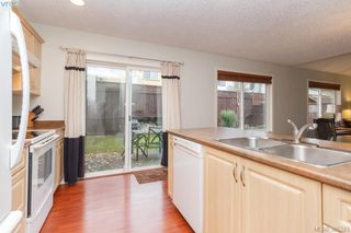 Photo 11: 10 Cahilty Lane in VICTORIA: VR Six Mile Single Family Detached for sale (View Royal)  : MLS®# 385323