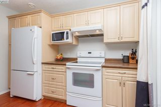 Photo 10: 10 Cahilty Lane in VICTORIA: VR Six Mile Single Family Detached for sale (View Royal)  : MLS®# 385323