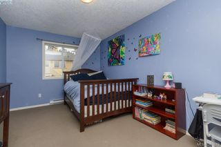 Photo 16: 10 Cahilty Lane in VICTORIA: VR Six Mile Single Family Detached for sale (View Royal)  : MLS®# 385323