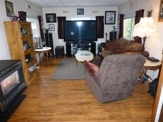 """Photo 6: 13 24330 FRASER Highway in Langley: Otter District Manufactured Home for sale in """"Langley GroveEstates"""" : MLS®# R2224640"""