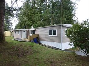 "Photo 1: 13 24330 FRASER Highway in Langley: Otter District Manufactured Home for sale in ""Langley GroveEstates"" : MLS®# R2224640"