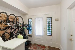 Photo 3: 1057 E 13TH Avenue in Vancouver: Mount Pleasant VE House for sale (Vancouver East)  : MLS®# R2234604