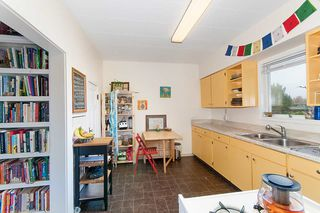 Photo 12: 1057 E 13TH Avenue in Vancouver: Mount Pleasant VE House for sale (Vancouver East)  : MLS®# R2234604
