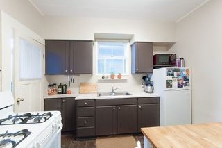Photo 5: 1057 E 13TH Avenue in Vancouver: Mount Pleasant VE House for sale (Vancouver East)  : MLS®# R2234604