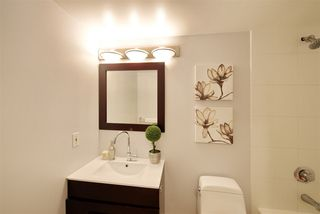 "Photo 16: 202 3588 CROWLEY Drive in Vancouver: Collingwood VE Condo for sale in ""NEXUS"" (Vancouver East)  : MLS®# R2245192"