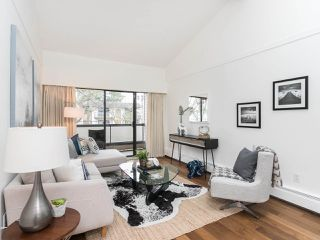"""Photo 2: 301 2190 W 7TH Avenue in Vancouver: Kitsilano Condo for sale in """"SUNSET WEST"""" (Vancouver West)  : MLS®# R2252526"""