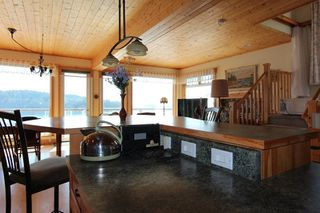 Photo 13: 280 ARBUTUS REACH Road in Gibsons: Gibsons & Area House for sale (Sunshine Coast)  : MLS®# R2256909
