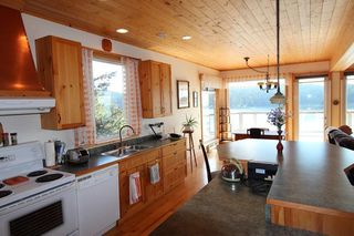 Photo 12: 280 ARBUTUS REACH Road in Gibsons: Gibsons & Area House for sale (Sunshine Coast)  : MLS®# R2256909