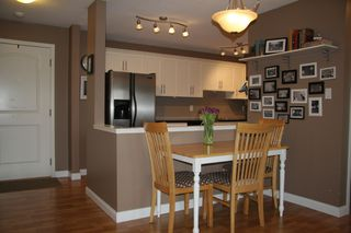Photo 7: 309 3063 Immel Street in Abbotsford: Condo for sale : MLS®# R2257428