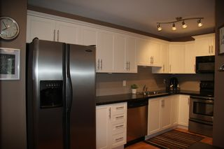 Photo 5: 309 3063 Immel Street in Abbotsford: Condo for sale : MLS®# R2257428