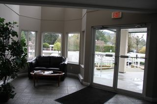 Photo 3: 309 3063 Immel Street in Abbotsford: Condo for sale : MLS®# R2257428