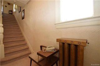 Photo 3: 834 Winnipeg Avenue in Winnipeg: Weston Residential for sale (5D)  : MLS®# 1809433