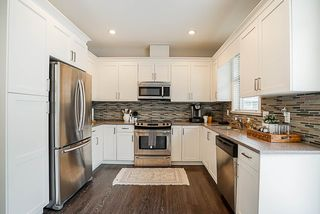 """Photo 7: 150 19525 73 Avenue in Surrey: Clayton Townhouse for sale in """"Uptown"""" (Cloverdale)  : MLS®# R2265717"""