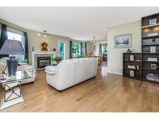 "Photo 3: 22 1190 FALCON Drive in Coquitlam: Eagle Ridge CQ Townhouse for sale in ""FALCON TERRACE"" : MLS®# R2267413"