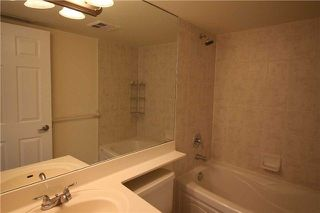 Photo 10: 615 3880 Duke Of York Boulevard in Mississauga: City Centre Condo for lease : MLS®# W4125854