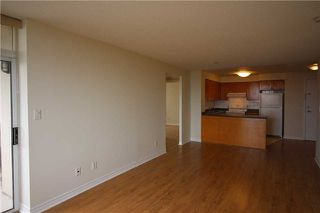 Photo 6: 615 3880 Duke Of York Boulevard in Mississauga: City Centre Condo for lease : MLS®# W4125854